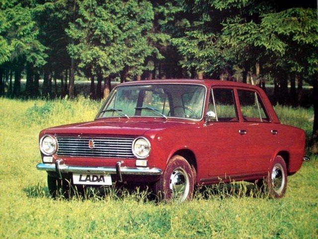 Лада 2101 1970, седан, 1 поколение