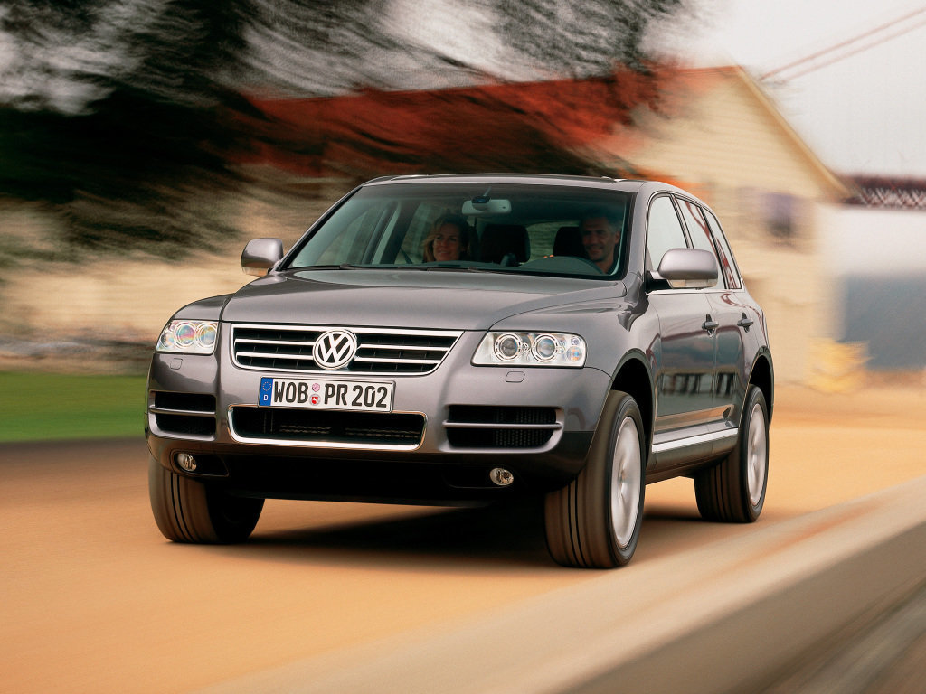 Volkswagen Touareg 2002, джип/suv 5 дв., 1 поколение, GP